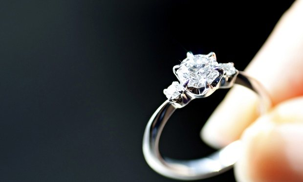 An-engagement-ring